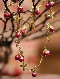 Cranberry Necklace by Michel Michaud Jewelry Gifts, Jewelry Accessories, Jewelry Design, Jewelry Ideas, Jewellery, Southwestern Jewelry, Crown Jewels, Pretty And Cute, Metallica