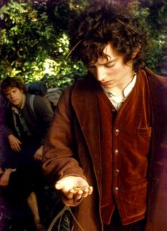 "Mr. Frodo<< so apparently you're Sam since I have literally never heard anyone but Sam call Frodo ""Mr."""