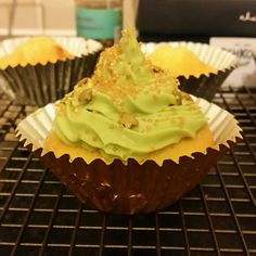 Cupcake decoration green icing gold  stars and sprinkles tinkerbell fairy ideas