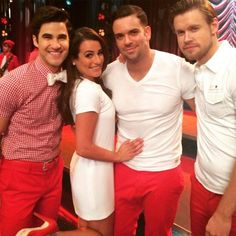 Darren Criss, Lea Michele, Mark Salling, and Chord Overstreet on Glee Set Season 6 Glee Season 6, Noah Puckerman, Lea Michele Glee, Glee Memes, Glee Quotes, Funny Memes, Hilarious, Mark Salling, Darren Criss Glee