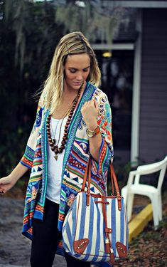LOVE the pop of color in this top. Great for Albuquerque style and the transition to Tucson in the spring.