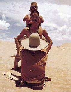 """Eine Szene aus dem Film """"El Topo"""" von Alejandro Jodorowsky. Erschienen bei Bildstörung auf DVD & Blu-ray."""