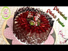 Çikolata Kaplı Çilekli Pasta/Çikolata ile Pasta Süsleme Tekniği/Gösterişli ve Kolay Pasta - YouTube