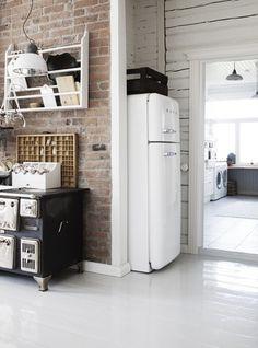 finn farmhouse - smeg fridge
