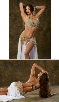 ♡ SecretGoddess ♡ www.pinterest.com/secretgoddess/ Belly Dance Costume ❤