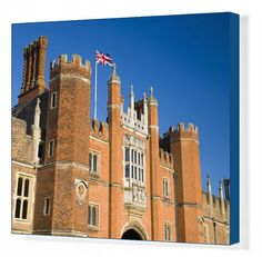 51x41cm Canvas Print (other products available) - The great gatehouse and west front, Hampton Court Palace, Borough of Richmond upon Thames, Greater London, England, United Kingdom, Europe - Image supplied by WorldInPrint - #MediaStorehouse - 51x41cm Canvas Print made in Australia Richmond Upon Thames, Hampton Court, Greater London, London England, About Uk, United Kingdom, Palace, Gate House, Europe