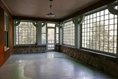 1903 - Greenfield, MA - $575,000 - Old House Dreams