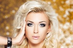 LEEDS - £29 For A Half Head Of Highlights With Cut And Finish With An Express Mani Or Pedi  #Discountcodes