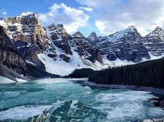 Moraine Lake in the winter :@alpatrek_travel...