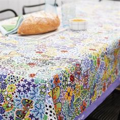 The lovely Esben Hanefelt oilcloth is a real spash of color on the table! The oilcloth is designed by Esben Hanefelt who is a famous illustrator from Denmark. Esben has a detailed design and the oilcloth has a lot of exiting details that creates a beautiful pattern. What could be more summery than flowers, butterflies and insects