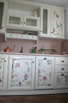 Le migliori 713 immagini su rose e roselline | Painted Furniture ...
