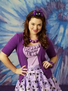 Disney Channel Stars Then and Now - - Jennifer Stone in Wizards of Waverly Place Disney Channel Original, Disney Channel Shows, Mean Girls 2, Jennifer Stone, Dog With A Blog, Wizards Of Waverly Place, In And Out Movie, Crazy Outfits, Stars Then And Now