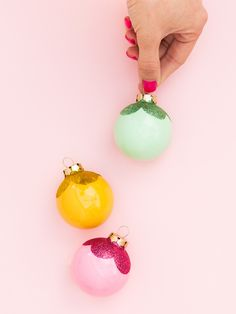 Here are thirty of our very favorite DIY Christmas ornaments with a colorful, modern vibe.