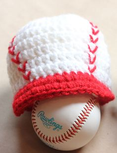 Crochet Baseball Cap - at the bottom of the article there are several links for other patterns for brimmed hats