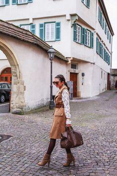outfit details: vest: old // pants: commando // blouse: wayf // bag: Louis Vuitton // boots: Aldo // sunglasses: Gucci // [. Louis Vuitton Vintage Bags, Louis Vuitton Boots, Vuitton Bag, Louis Vuitton Speedy 35, Lv Handbags, Vintage Gucci, Cloth Bags, My Outfit, My Style