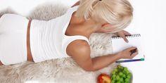 Denní kalorická potřeba je údaj, který vám prozradí, jaké množství kalorií zkonzumovat, abyste ani nepřibírala, ani nehubnula. Výpočet je jednoduchý a zvládne jej naprosto každý. Nordic Interior, Portion Control, Good Advice, Health And Wellness, Detox, Garlic, Vegetables, Fitness, Food