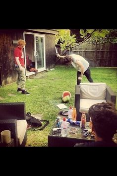 Harry Styles: the Fruit Ninja