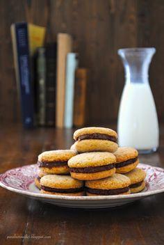Pane, burro e alici: Biscotti morbidi allo sciroppo d'acero con farcitura al cacao