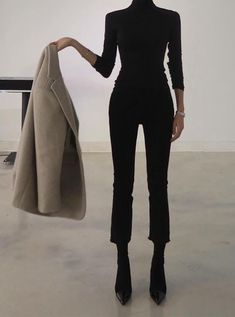 Next Post Previous Post Minimal and Chic Outfits Ideas Minimalistische und schicke Outfits-Ideen Mode Outfits, Winter Outfits, Casual Outfits, Fashion Outfits, Womens Fashion, Fashion Trends, Jean Outfits, Chic Black Outfits, Fashion Ideas