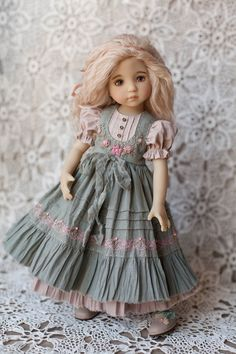 Dress for doll Little Darling, Blythe, Paola Reina by BoosinkaNK Dresses Kids Girl, Kids Outfits, Doll Outfits, Flower Girl Dresses, Doll Clothes Patterns, Clothing Patterns, Kids Clothing, Child Doll, Girl Dolls