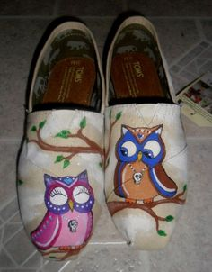 Toms Glitter Shoes Womens Silver Black : Toms Outlet*Cheap Toms Shoes Online* Welcome to Toms Outlet.Toms outlet provide high quality toms shoes*best cheap toms shoes*women toms shoes and men toms shoes on sale. Fashion Now, Fashion Shoes, Cute Shoes, Me Too Shoes, Owl Shoes, Women's Shoes, Toms Crochet, Prom Accessories, Toms Outlet