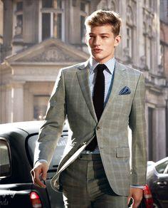 well tailored suit &amp beard. | H U S B A N D | Pinterest | Green
