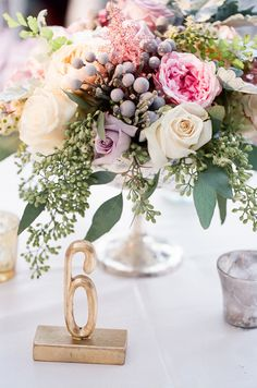 Rose and Berry Floral Arrangement | photography by http://valentinaglidden.com/