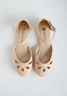 spring-shoes-01.jpg (736×1051)