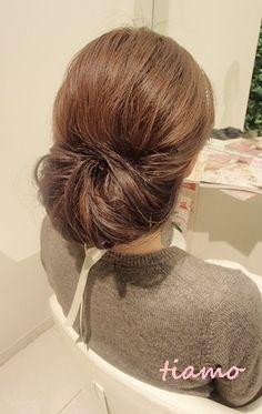 可愛い花嫁さまの素敵チェンジ3スタイル♡リハ編 | 大人可愛いブライダルヘアメイク 『tiamo』 の結婚カタログ