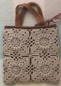 "New Cheap Bags. The location where building and construction meets style, beaded crochet is the act of using beads to decorate crocheted products. ""Crochet"" is derived fro Bag Crochet, Crochet Shell Stitch, Crochet Diy, Crochet Handbags, Crochet Purses, Crochet Motif, Crochet Crafts, Crochet Projects, Crochet Patterns"