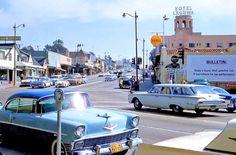 Circa-1960-Laguna-Beach-Street-Scene.jpg (Obraz JPEG, 1500×987pikseli) - Skala (61%)