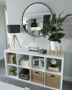 22 smart first apartment decorating ideas on a budget 00004 - Modern Home Living Room, Living Room Designs, Living Room Decor, Small Apartment Living, Mirrors For Living Room, Living Room Entrance Ideas, Colours For Living Room, Dinning Room Ideas, Ikea Living Room Storage