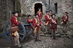 Redcoats on Outlander from Starz via  http://www.farfarawaysite.com/section/outlander/gallery1/gallery.htm