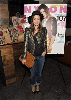 Jeans + stilettos
