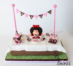 Mafalda - by Pirikos @ CakesDecor.com - cake decorating website