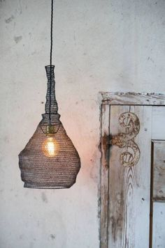 Metal wire mesh pendant lamp light shade conical vintage industrial manejemos los cambios con alegria y tranquilidad greentooth Choice Image