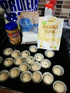 Protein coconut balls low carb