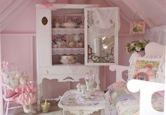 Google Image Result for http://www.homeanddecor.net/wp-content/uploads/2011/08/pink-pretty-girls-playroom.jpg