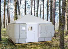Quite Lite Quick Cabin, portable shelter, easy assembly Tiny House Cabin, Tiny House Design, Cabin Homes, Tiny Homes, Survival Shelter, Camping Survival, Camping Gear, Camping Toys, Camping Equipment
