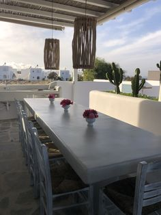 Sunny Vacation in Naxos Island - Holiday Naxos Luxury Villas Big Pools, Swimming Pools, Outdoor Dining, Dining Table, Vacation Homes For Rent, Concrete Table, Private Garden, Luxury Villa, Beautiful Islands
