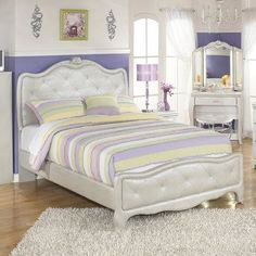 10 Authentic Clever Hacks: Minimalist Home Decoration Shelves minimalist bedroom ikea home decor.Minimalist Living Room Design Shades minimalist bedroom pink home office.Minimalist Home Architecture White Bedrooms. Twin Size Bedroom Sets, Girls Bedroom Sets, Girl Bedroom Designs, Kids Bedroom, Childrens Bedroom, Girl Rooms, Trendy Bedroom, Master Bedroom, Upholstered Bedroom Set
