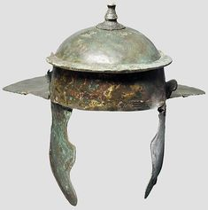 Roman Weisenau helmet  from the former Axel Guttmann collection, now presumably in an unknown private collection. Estimated as second half first century AD.