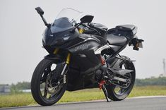 Apache 310 rr by Jokers Ns 200, Ktm Rc, Bike Prices, J Star, Ktm Duke, Background For Photography, Background Images, Car Images, Super Bikes
