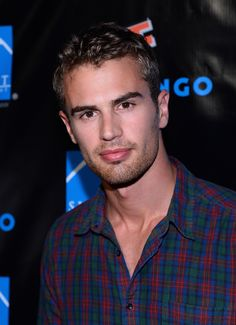 """Divergent"" star Theo James"