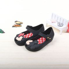 Mini Melissa jelly shoes with Mickey and Minnie and bows $14.80 from Aliexpress