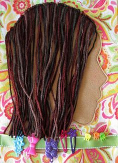 Hair styling quiet book page. I know I don't have a girl, but this looks like so much fun! Maybe for a niece when she comes along :) BOOK Quiet Book Diy For Kids, Cool Kids, Felt Crafts, Crafts For Kids, Couture Bb, Quiet Time Activities, Indoor Activities, Family Activities, Quiet Book Patterns