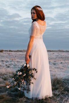 noni Bridal Tops | Braut Spitzentop zum Brautkleid im vintage Stil (Foto: Sandra Hützen)