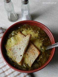 Francuska zupa cebulowa (French onion soup)