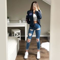 😍🔥 Tag a bestie ✌😇 Choose your favourite 😍 Comment down bel. Casual School Outfits, Teenage Girl Outfits, Teen Fashion Outfits, Cute Casual Outfits, Sporty Outfits, Simple Outfits, Outfits For Teens, Stylish Outfits, Winter Outfits For School