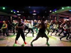 """Coreografia Zumba """"Chantaje"""" Shakira Ft. Maluma.. - YouTube"""
